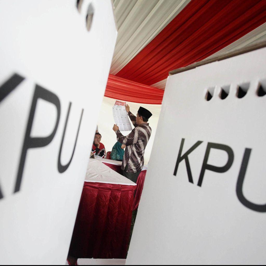 Dikambinghitamkan PKB Soal Lawan Risma, Gerindra: Kita Tak Bisa Asal Maju