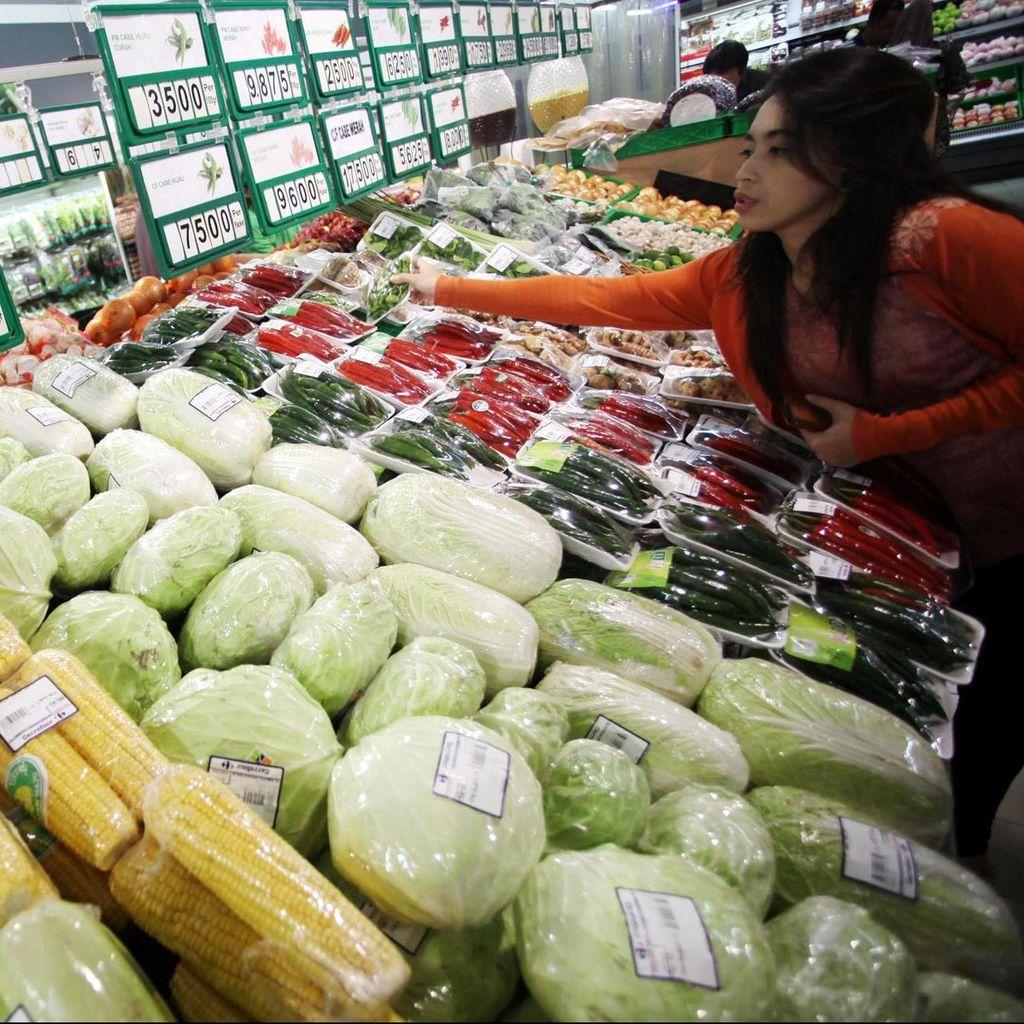 Uji Coba Plastik Berbayar di Kota Bandung, Berapa Harga Ideal?