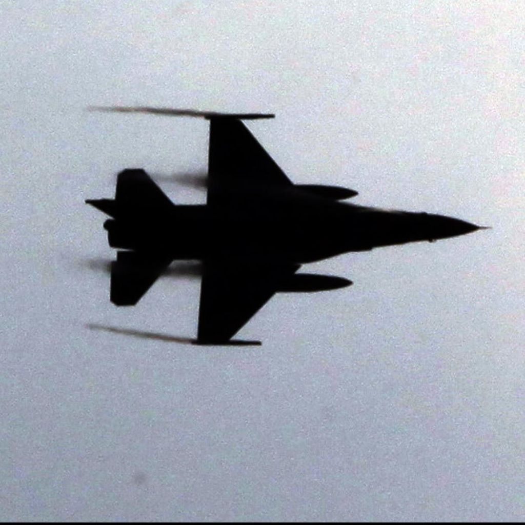 Pemberontak Sebut Telah Menembak Mati Satu Pilot Pesawat Tempur Rusia