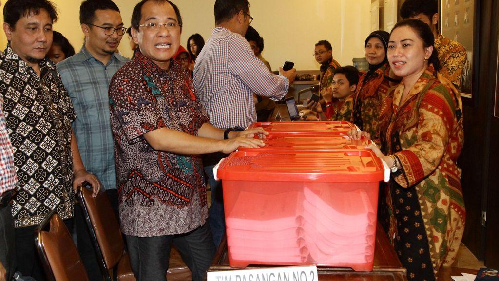 Akbar Faizal: Kasus Novanto Harus Dituntaskan