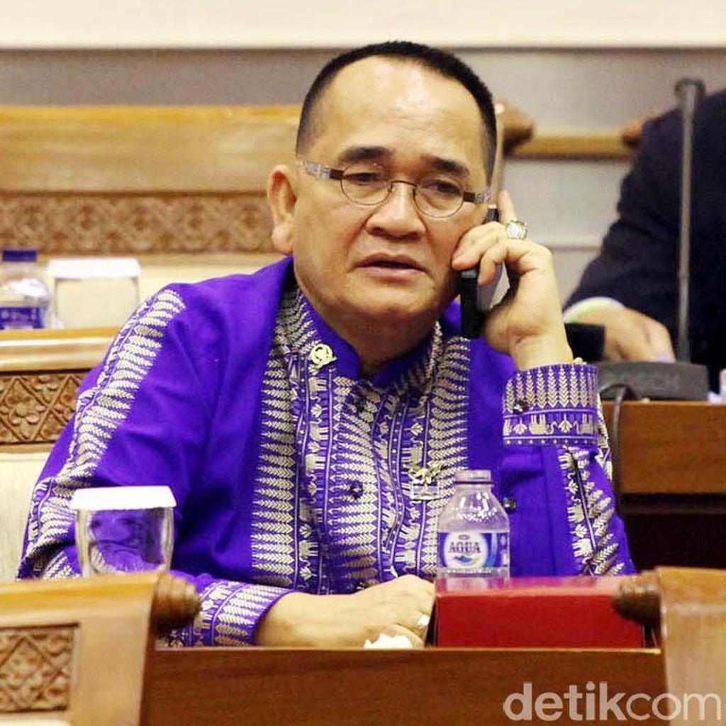 Tolak Revisi, Ruhut: SBY Perintahkan Perkuat KPK!