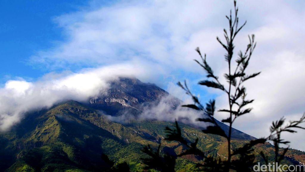 Pendaki yang akan 17-an di Merapi Diingatkan Jangan ke Puncak