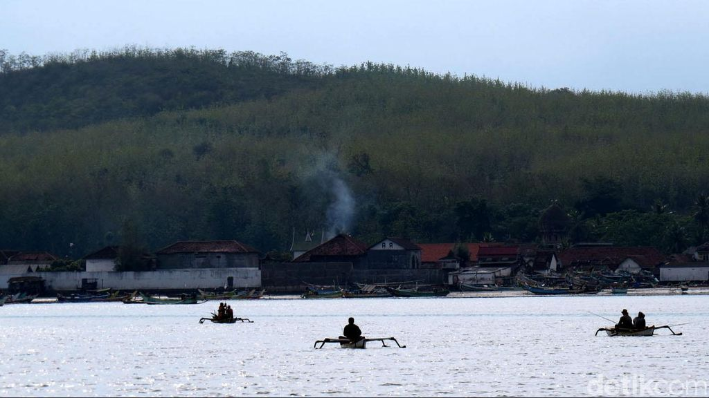 Perahu Layar Bawa 2 Warga Australia Berlabuh Darurat di Merauke