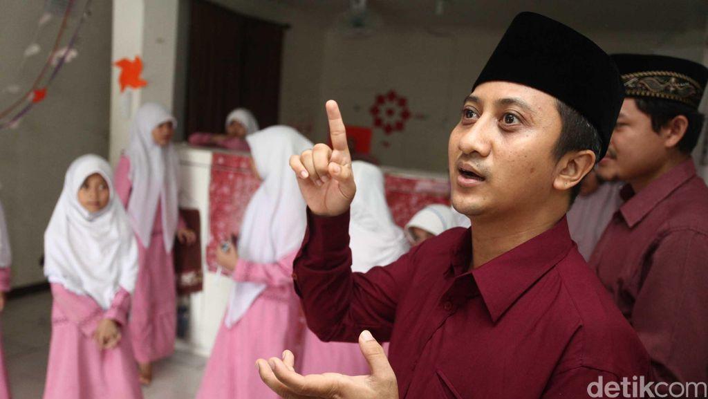 Ustad Yusuf Mansur Bicara Soal Bantuan untuk Jembatan di Pandeglang