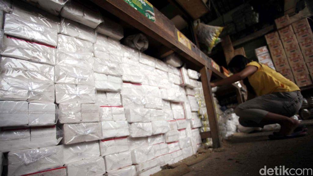 Importir Garam Tersangka Dwelling Time Ubah Kuota Impor Secara Ilegal