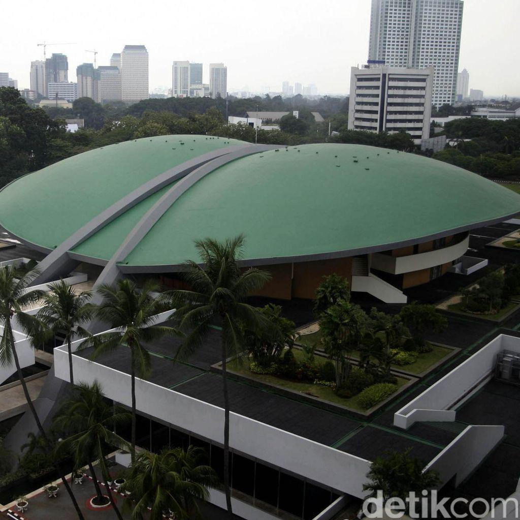 MKD Sidangkan Kasus Novanto, Rapat Bamus DPR Tiba-tiba Batal