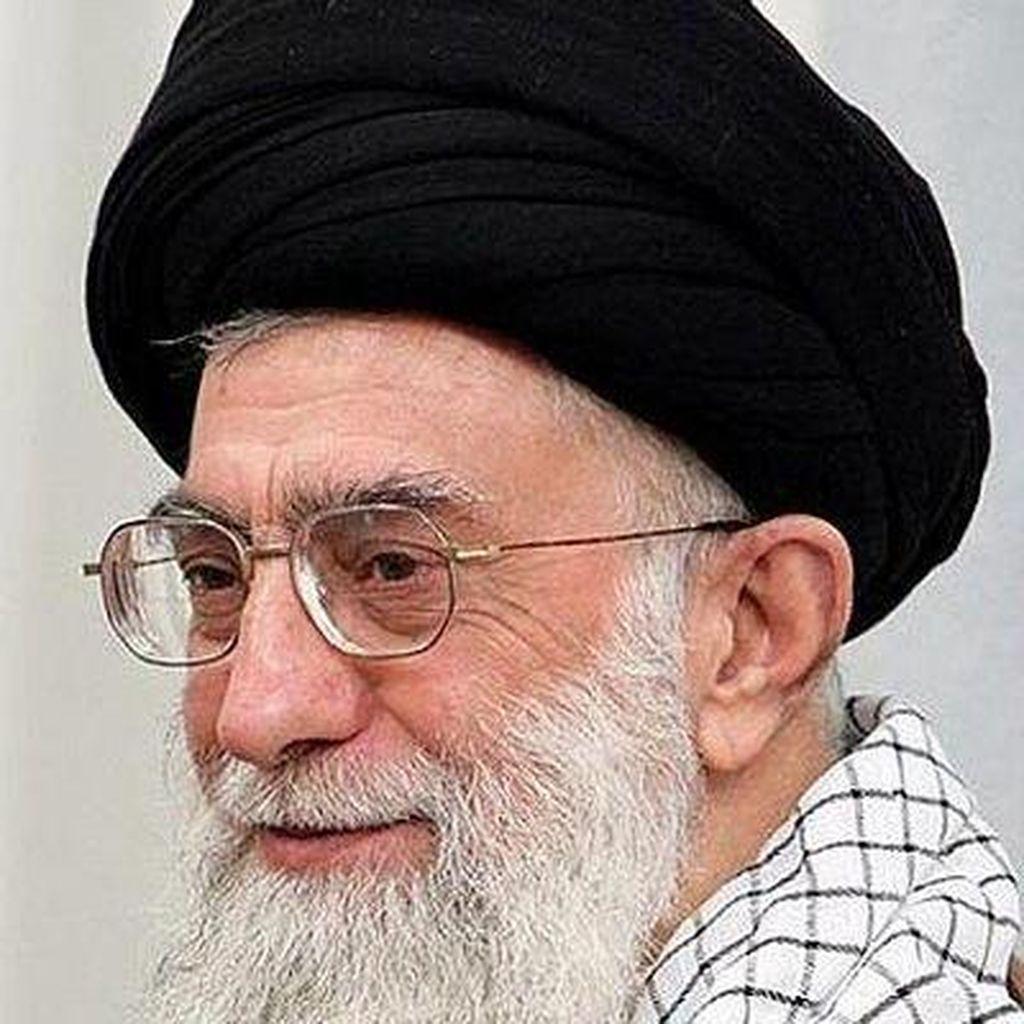Pemimpin Tertinggi Iran Larang Negosiasi dengan Amerika Serikat