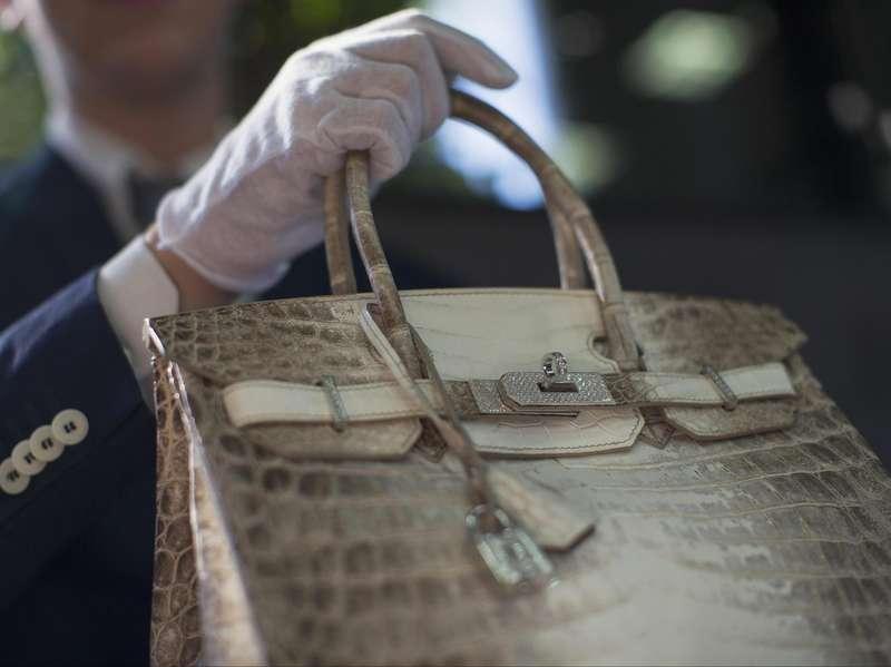 Devita Ungkap Pemilik Awal Sebuah Tas Hermes Rp 950 Juta