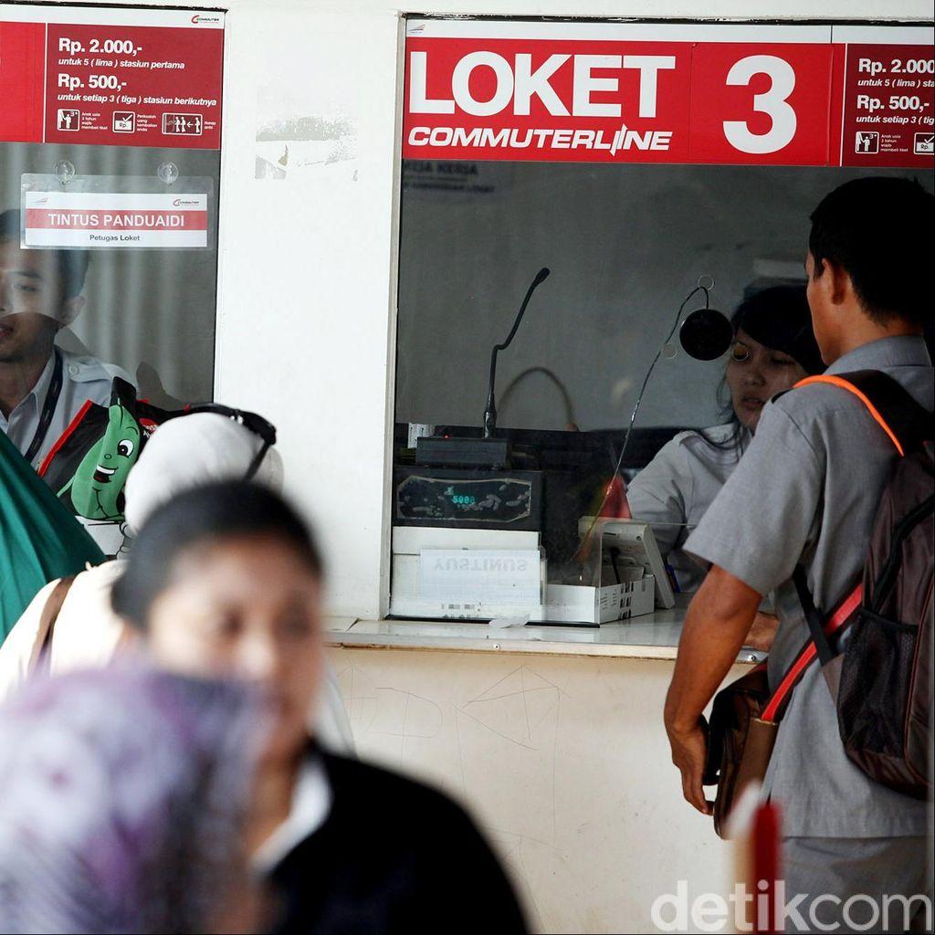 PT KAI Hapus Fasilitas Free Out Penumpang KRL Pertengahan Desember