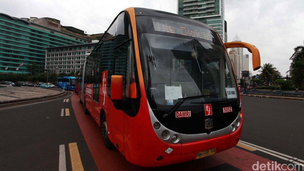 Ada Pekerjaan Flyover, Bus TransJ Koridor 9 Diubah Rutenya Sementara