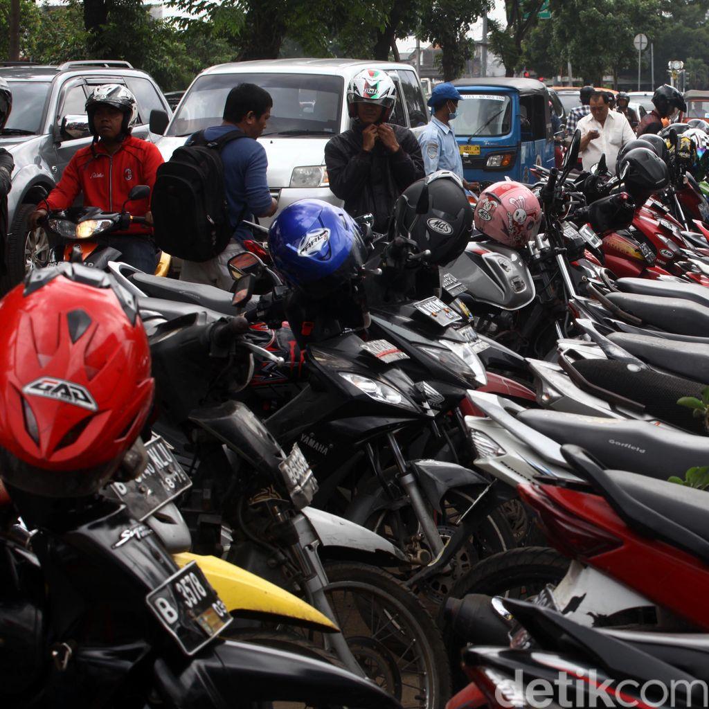 Biro Umum DKI: Jukir di Basement DPRD Bisa Dapat Puluhan Juta Tiap Bulan
