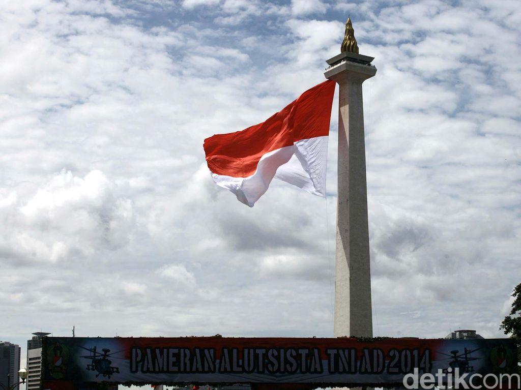 Sambut HUT RI, TNI Kibarkan 11.700 Bendera Merah Putih di Aceh