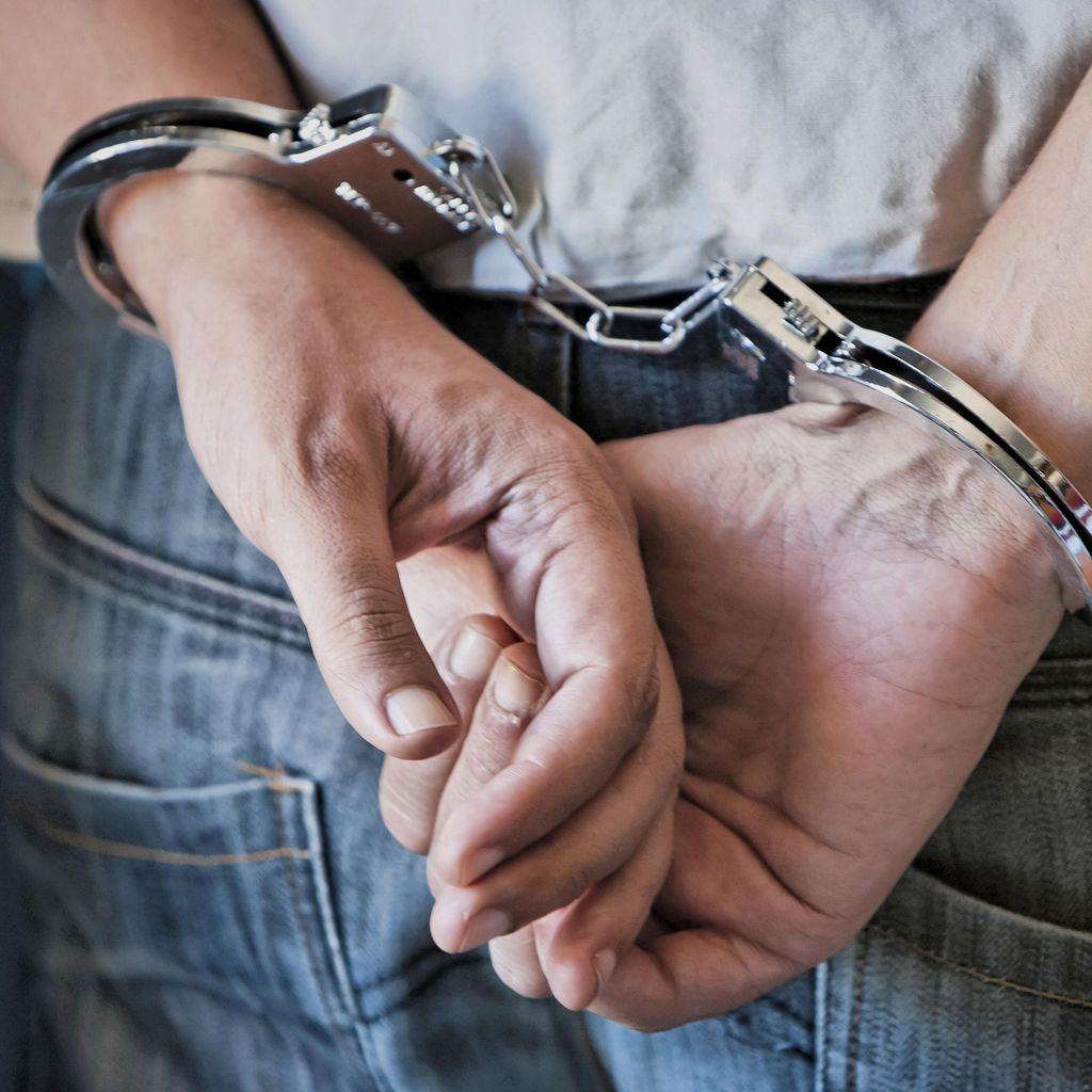 Pengacara Politikus Pengkritik PM Najib Ditangkap Polisi
