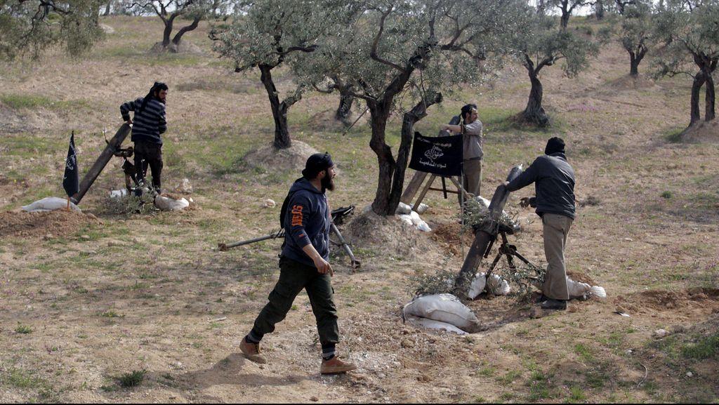 Al-Qaeda di Suriah Culik 5 Pemberontak yang Dilatih AS