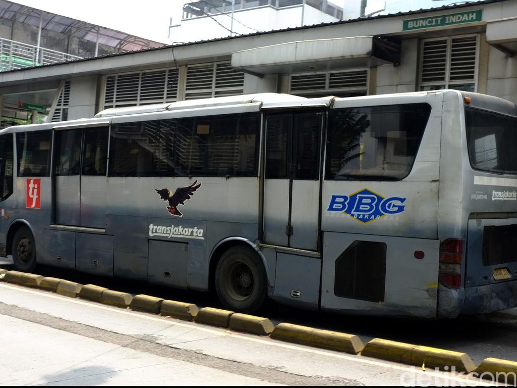 Ahok: Bus TransJ Lama Nanti Direkondisi Untuk Beroperasi Malam Hari
