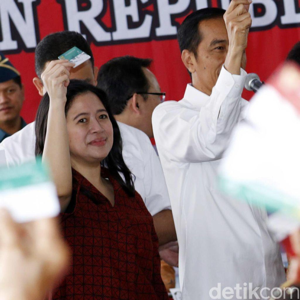 Jokowi Minta Puan Segera Validasi dan Distribusikan Kartu Sakti