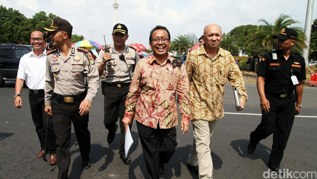 Presiden Bahas Perppu Calon Tunggal Pilkada dengan Mendagri Hari Ini