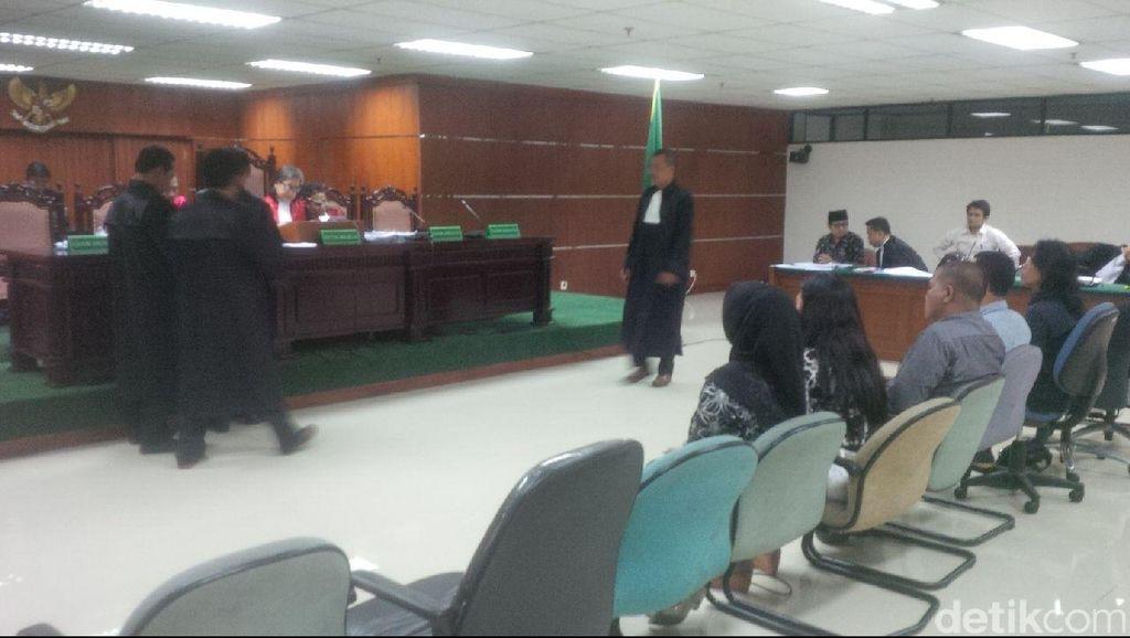 Eks Sekjen ESDM Waryono Karno Dituntut 9 Tahun Penjara