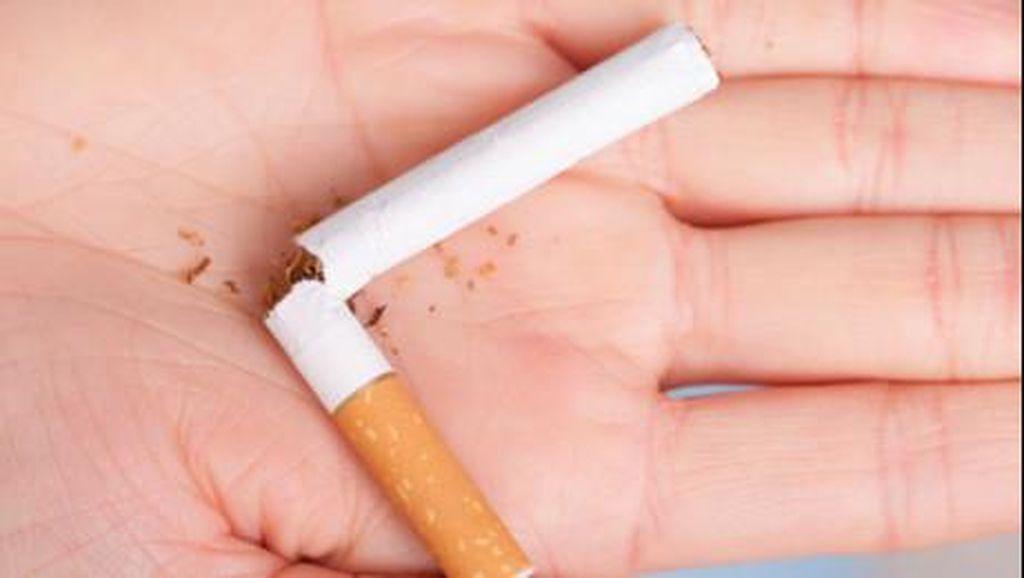 Mengintip Kawasan Dilarang Merokok di Sebuah Mal Jakarta Selatan