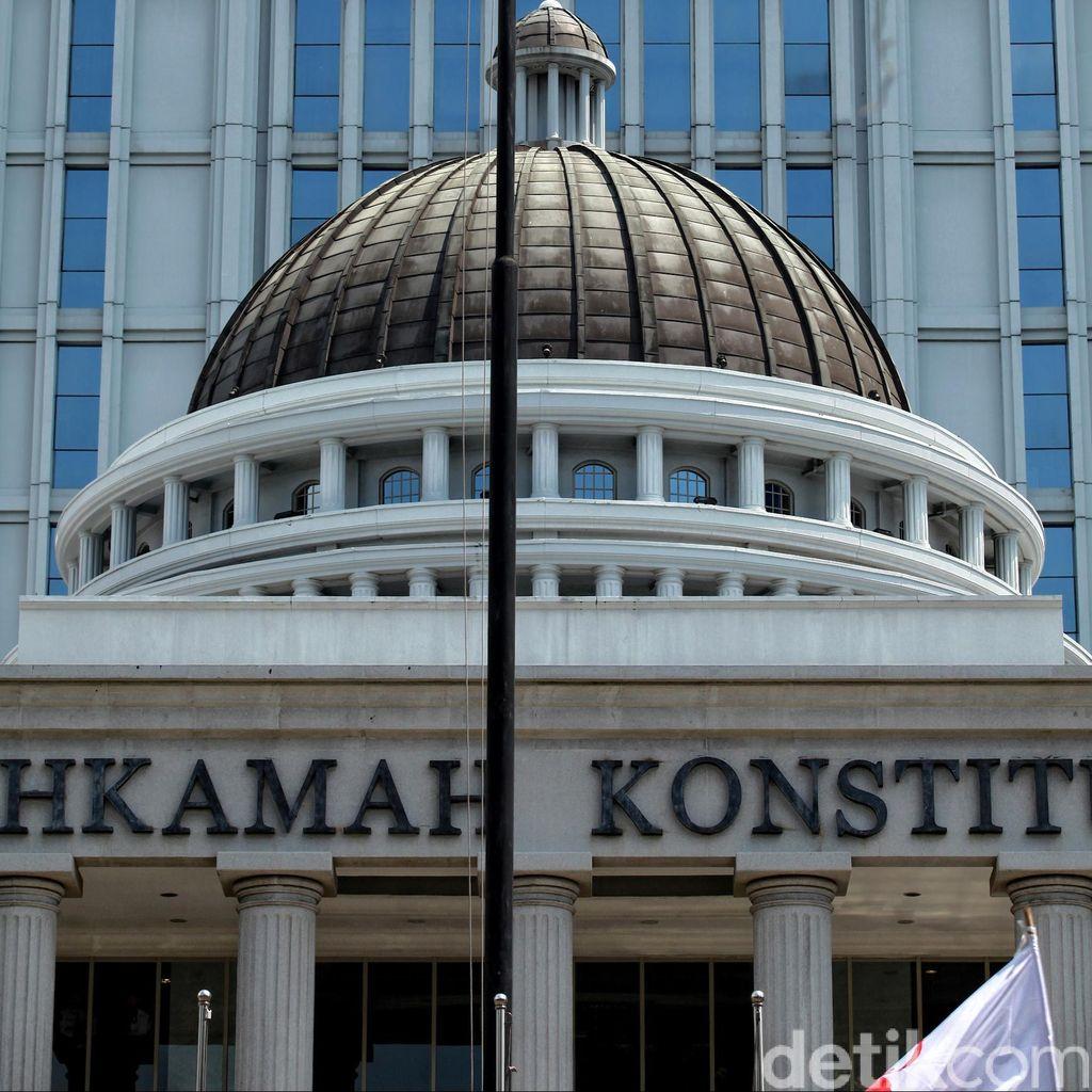 Wakil Walikota Surabaya Gugat Peraturan Calon Tunggal Pilkada ke MK