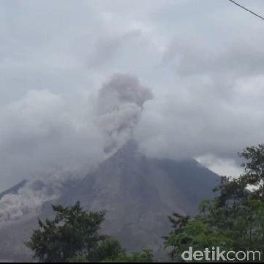 2 Bandara Ditutup Akibat Aktivitas Vulkanis Gunung Sinabung