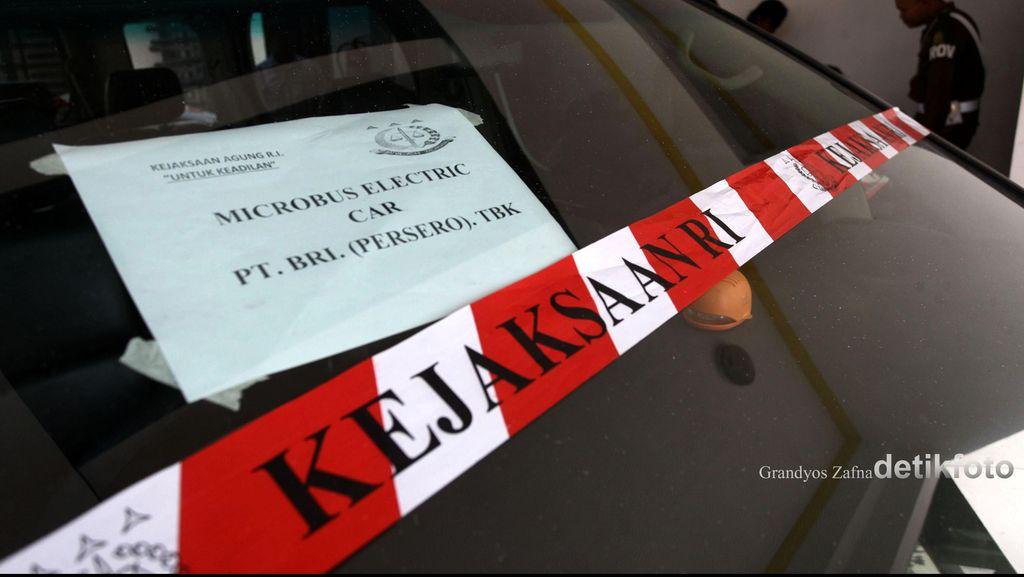 Tim Jaksa Kejagung Terbang ke Surabaya, Kembali Sita Mobil Listrik
