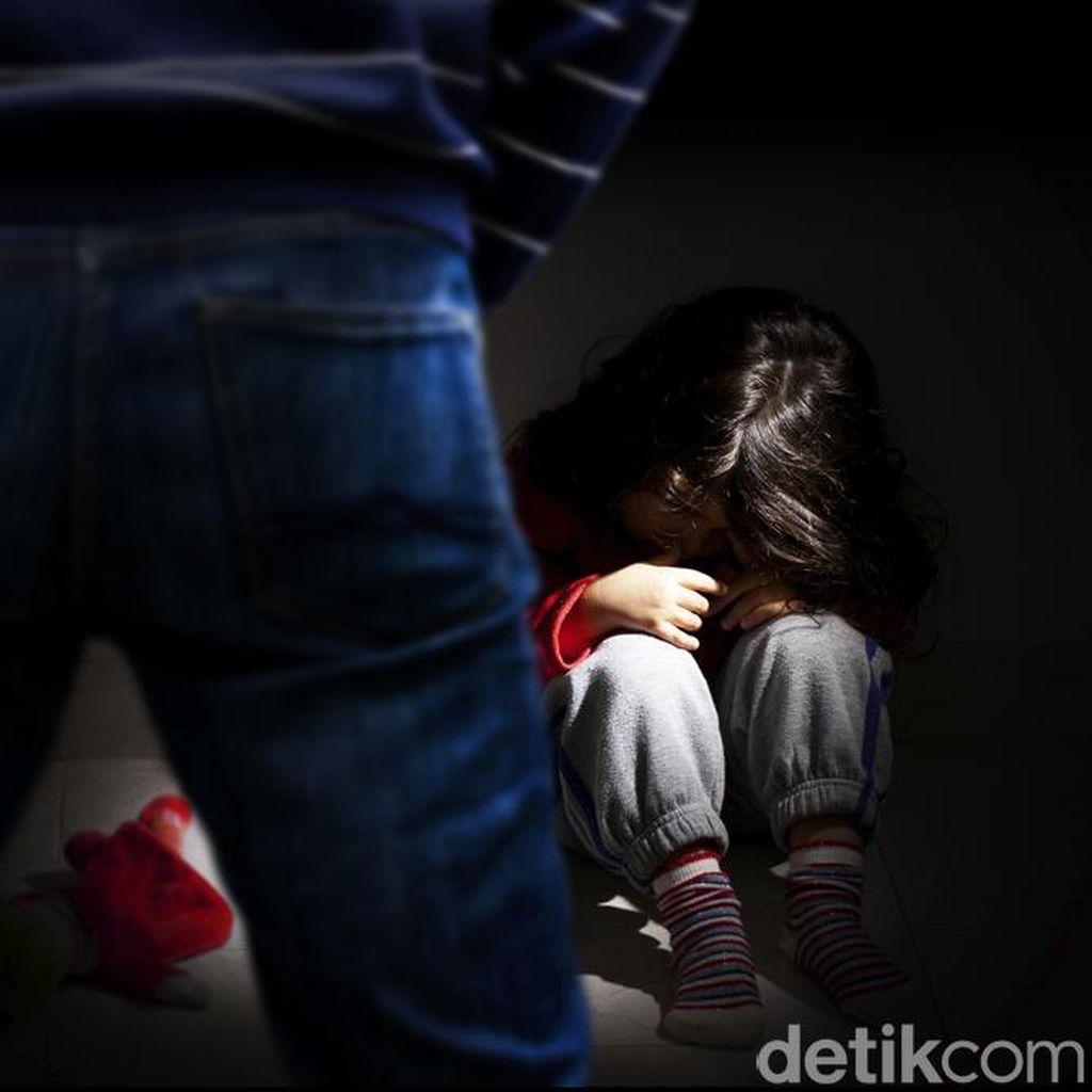 Bule Ditangkap Karena Gauli ABG Anak Tetangga