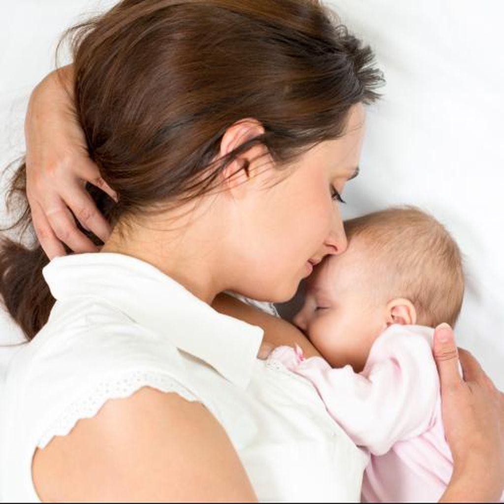 Hal-hal yang Sering Dikhawatirkan Ibu Menyusui Saat Puasa