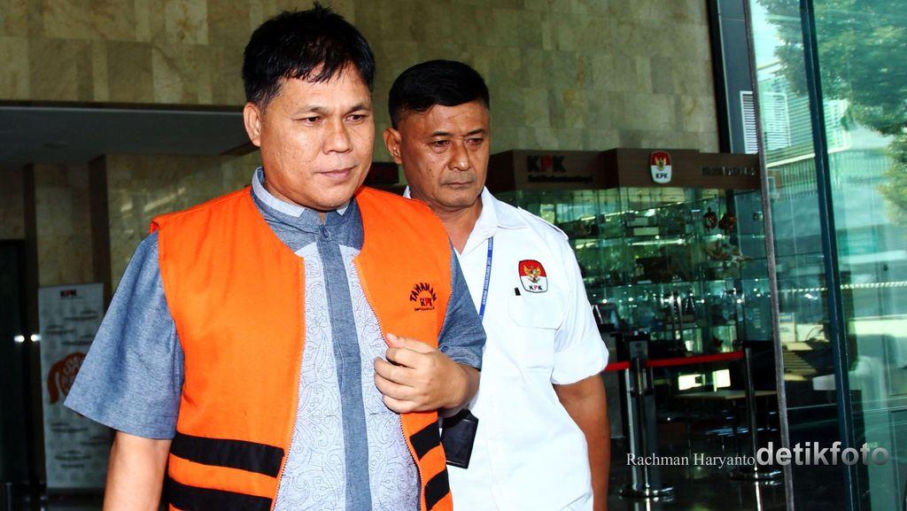 Anggota DPRD Musi Banyuasin Serahkan Uang Suap dari Bupati Pahri Azhari ke KPK