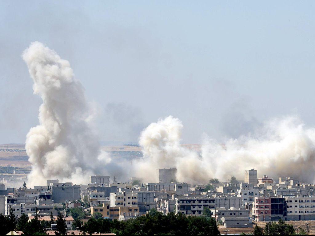 Korban Tewas Jatuhnya Jet Tempur Suriah di Pasar Jadi 37 Orang