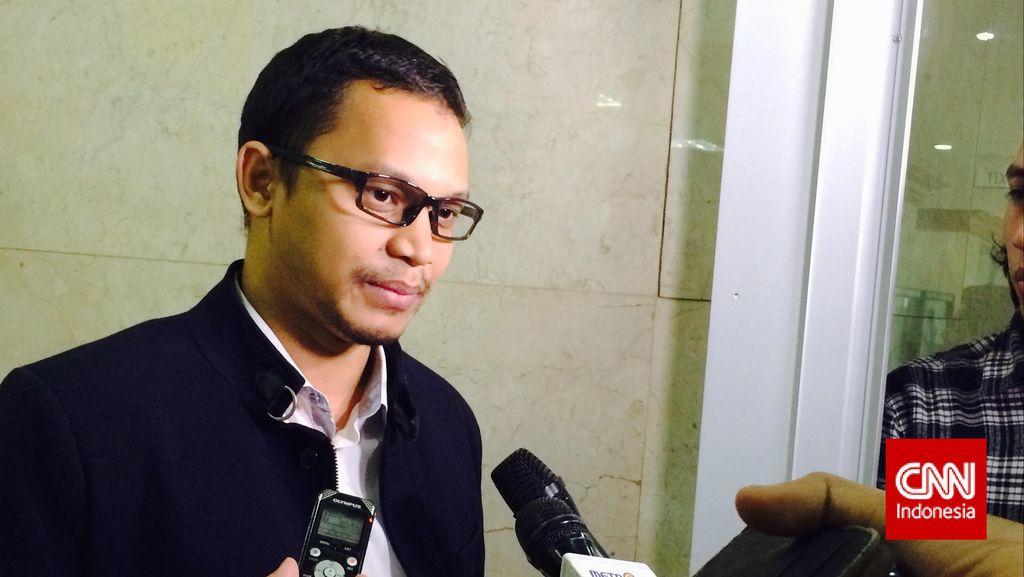 Sesalkan Bentrokan TNI-Polri, Komisi I: Cari Akar Masalahnya