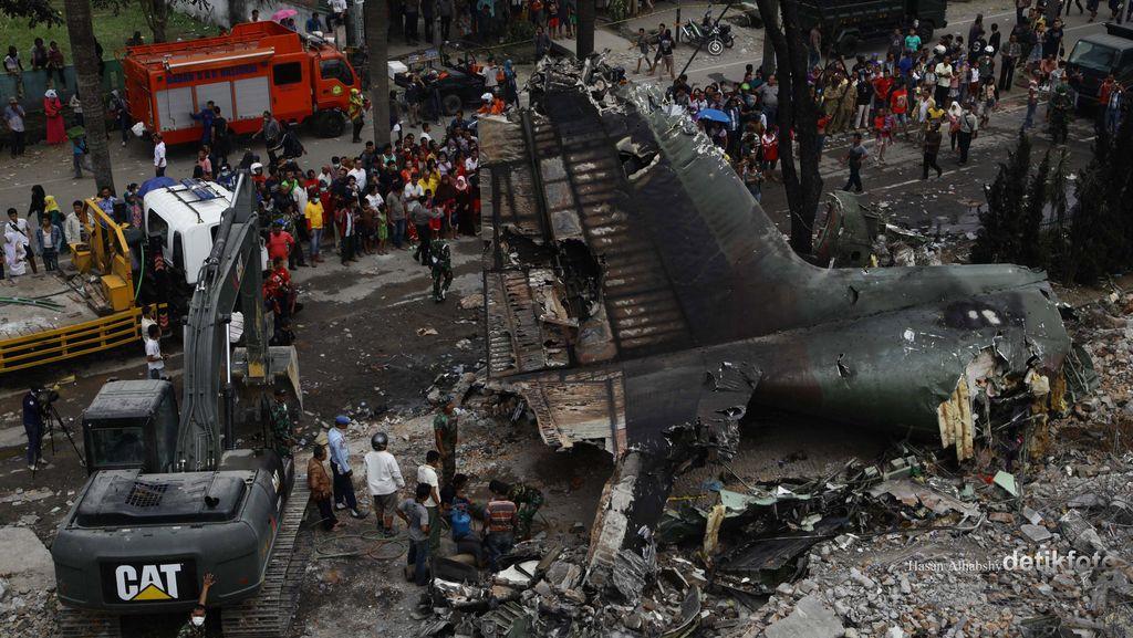 Investigasi Insiden Hercules, TNI Tak Libatkan Ahli dari Produsen