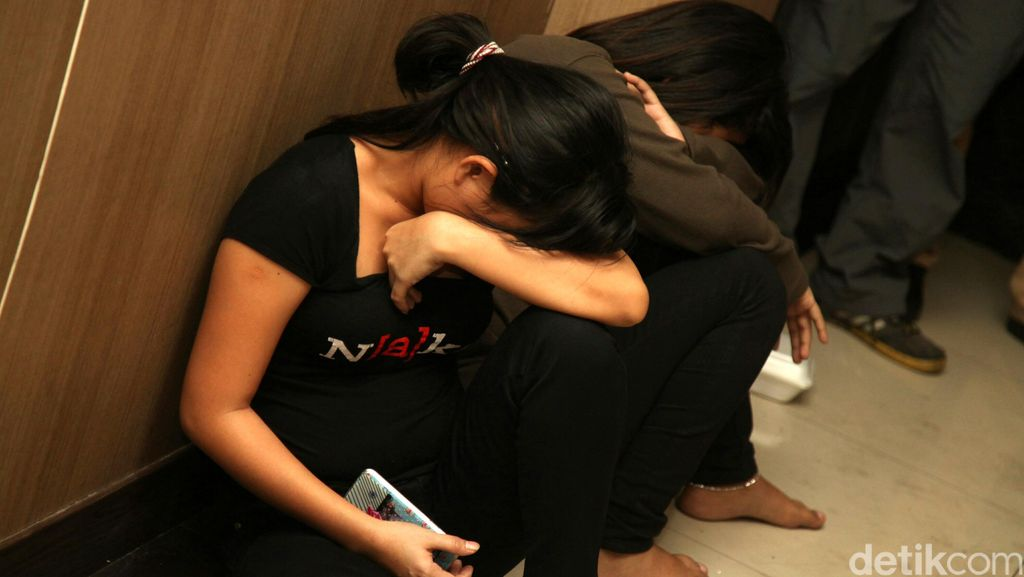Gerebek Panti Pijat di Jagakarsa, Polisi Dapati Wanita Tanpa Busana