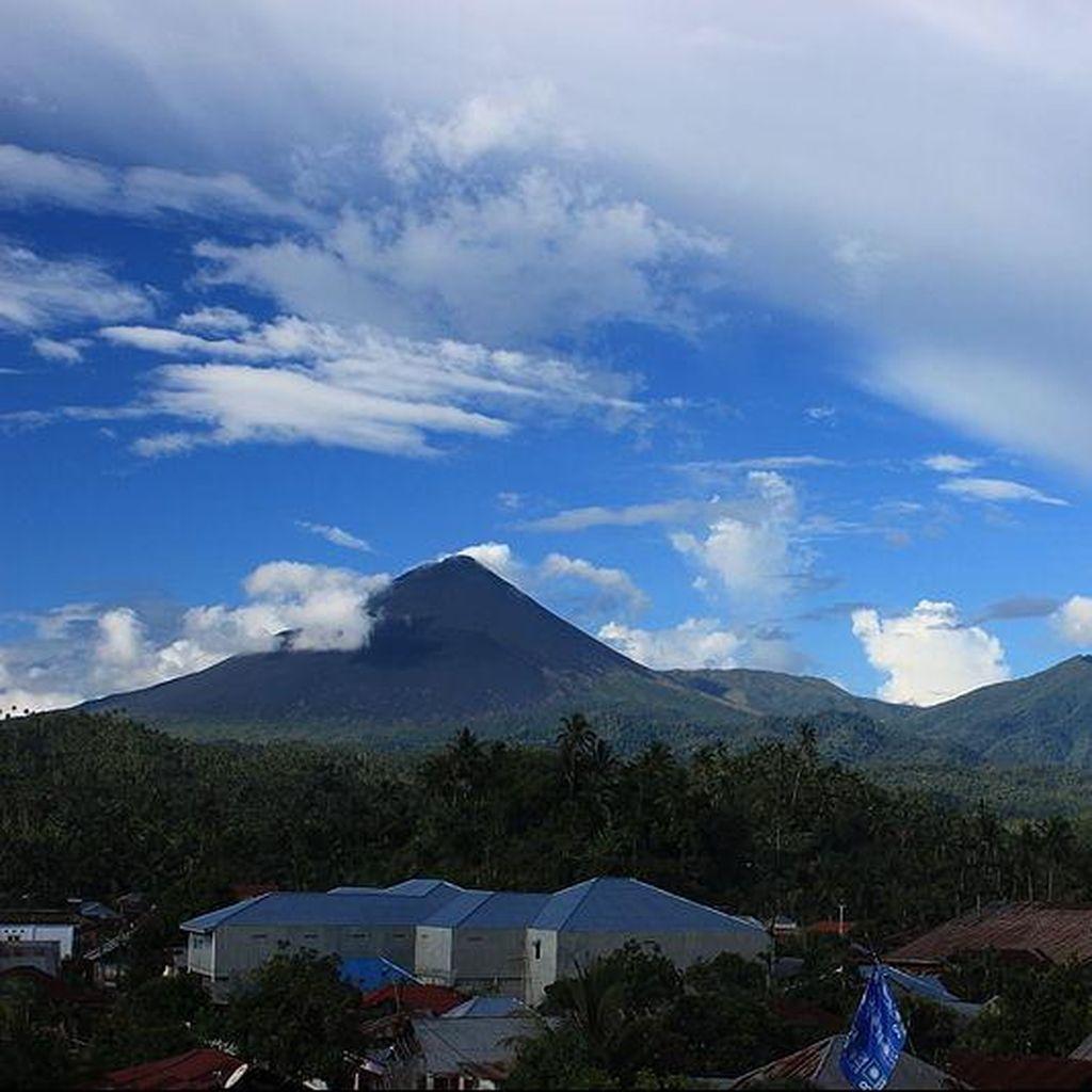 Gunung Soputan Melandai, Status Diturunkan dari Siaga Menjadi Waspada