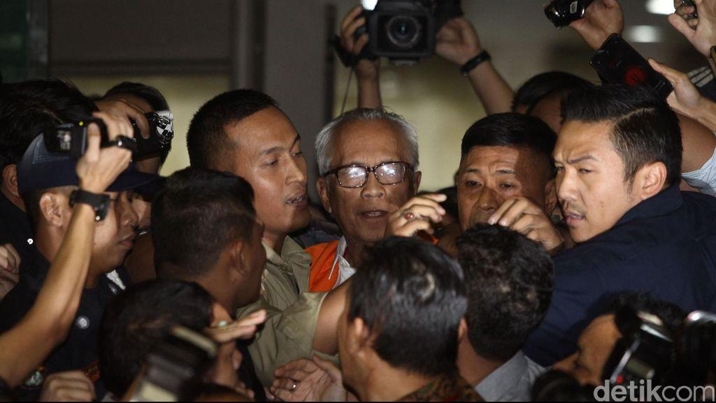 KPK Periksa Afrian Bondjol dan Kolega Terkait Kasus Suap Hakim PTUN Medan