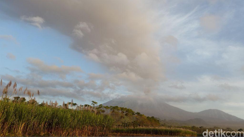 Erupsi Gunung Raung, Bandara Banyuwangi dan Jember Masih Ditutup