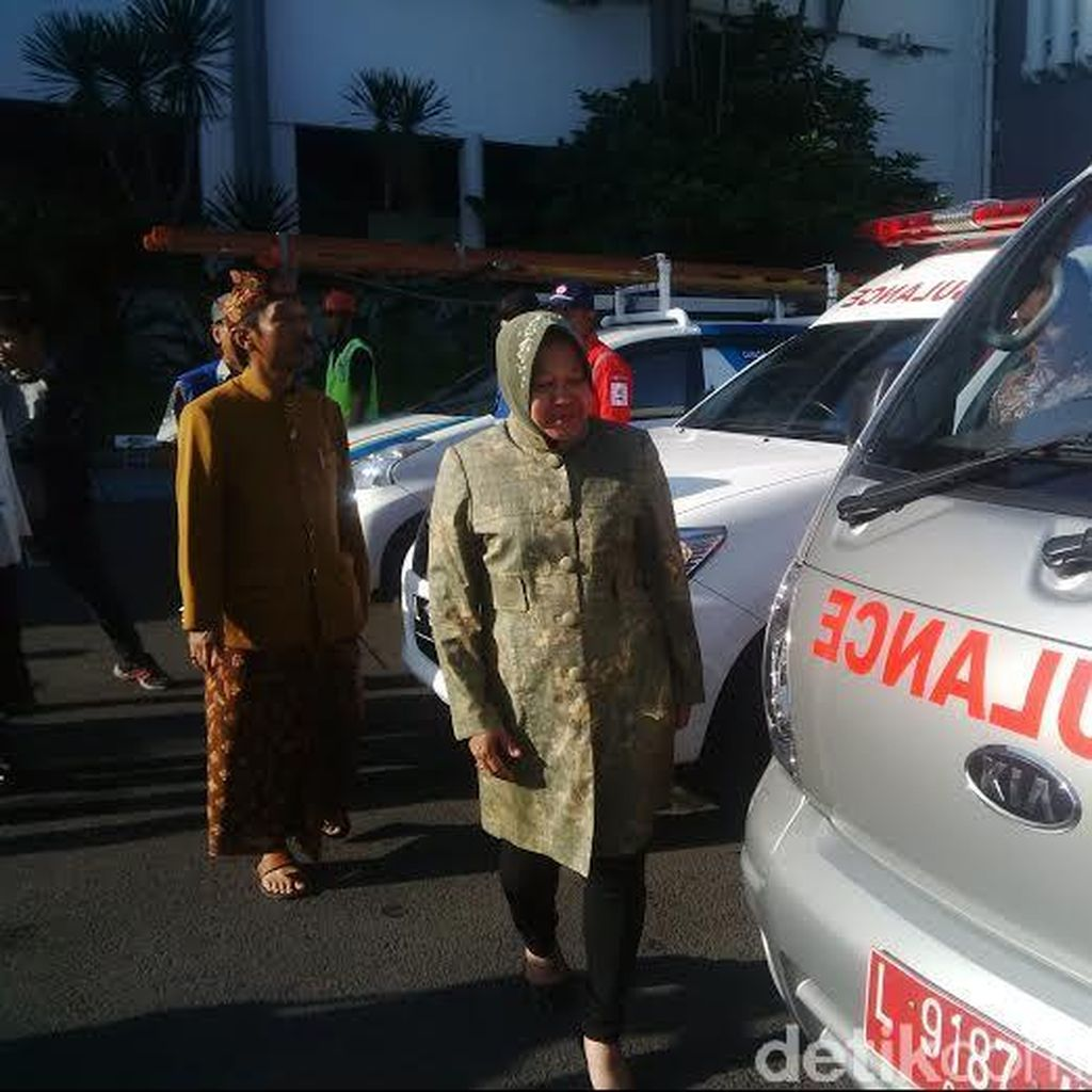 Temui Menteri Yuddy, Risma Konsultasi Soal Kepegawaian