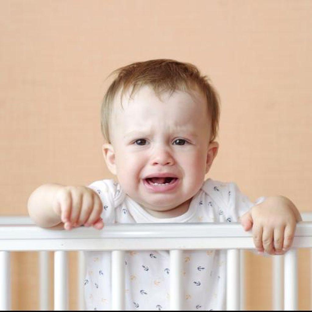 Tak Cuma Orang Dewasa, Radang Tenggorokan Juga Bisa Serang Bayi