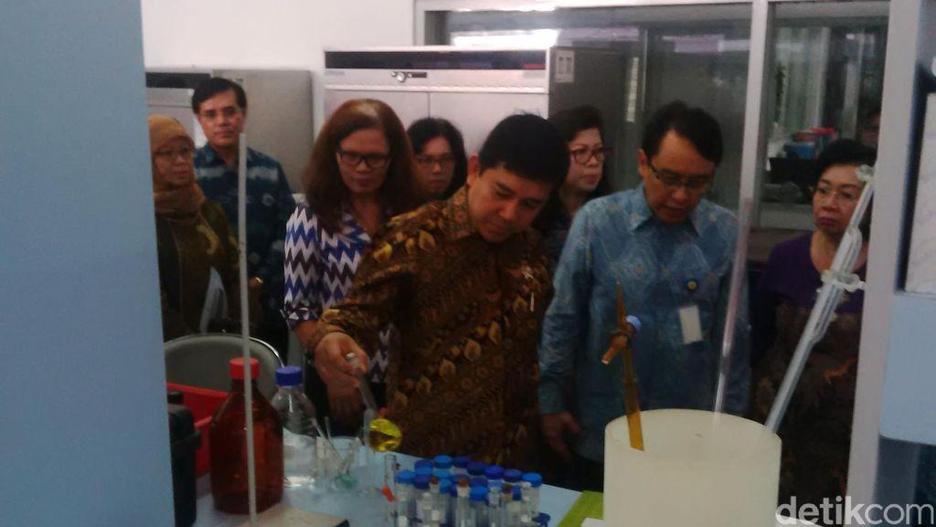 Kunjungi BPOM, Menteri Yuddy Curhat Pernah Sakit Perut Jajan Es Cendol