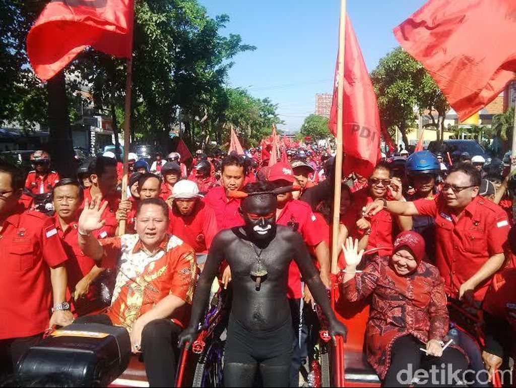 Sekarang Risma Diganjal, Besok Bisa Saja Ridwan Kamil dan Ahok Disabotase
