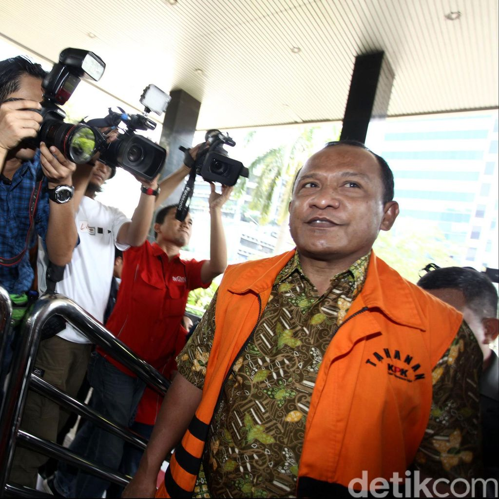 Kasus Suap Akil Mochtar, Bupati Morotai Dihukum 4 Tahun Penjara