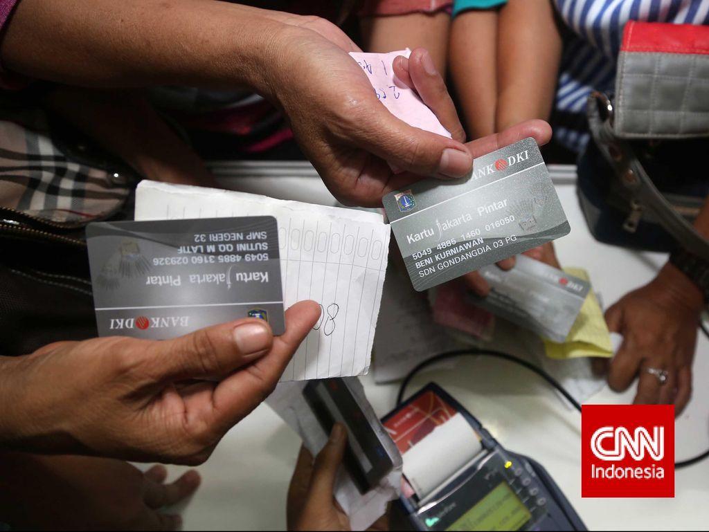 Bank DKI Imbau Toko Tak Layani KJP untuk Beli Keperluan di Luar Sekolah