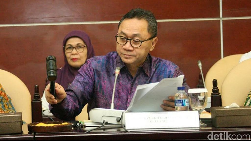 Ketua MPR Nilai Tidak Tepat Pasal Penghinaan Presiden Dihidupkan Lagi