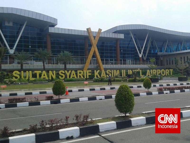 Kabut Asap di Riau, Ini Kisah Warga yang Gagal Berangkat dari Bandara