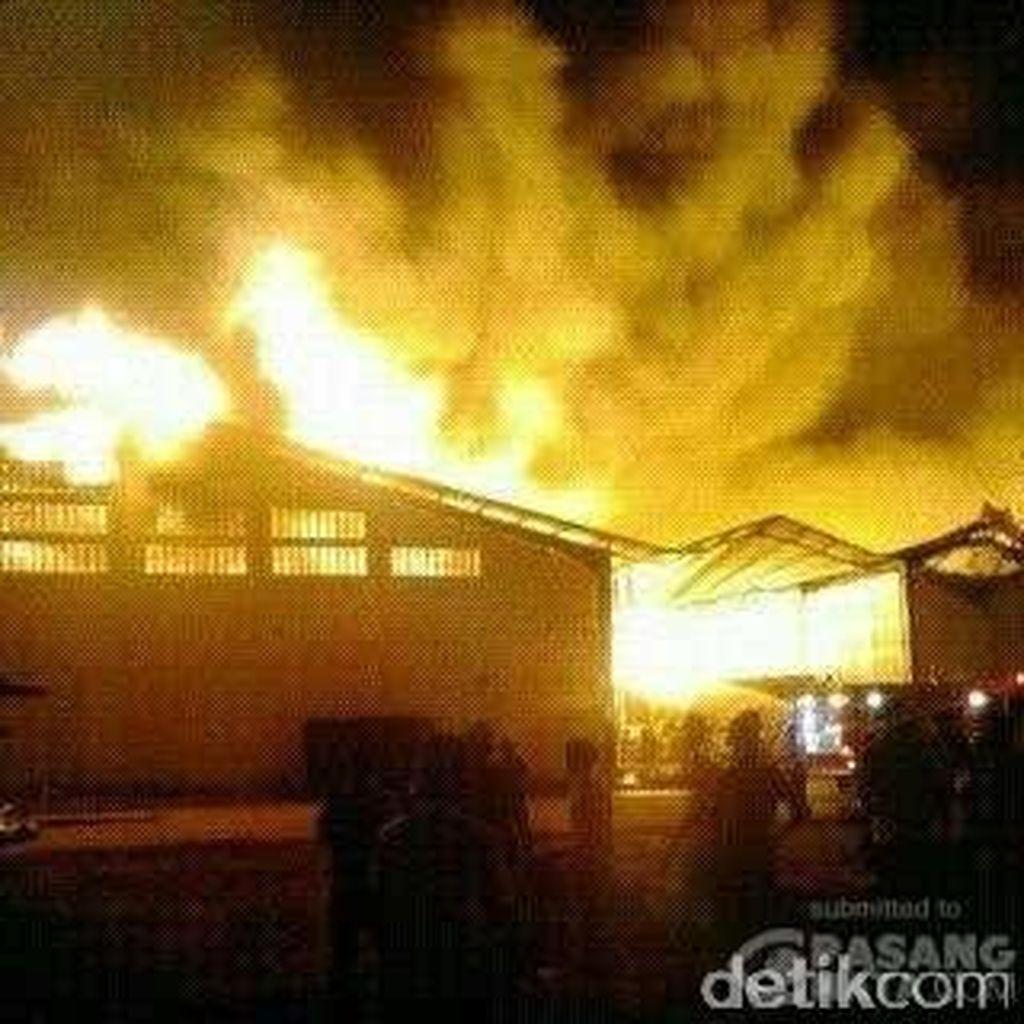 Pabrik Korek Gas di Kawasan Industri Cikarang Terbakar