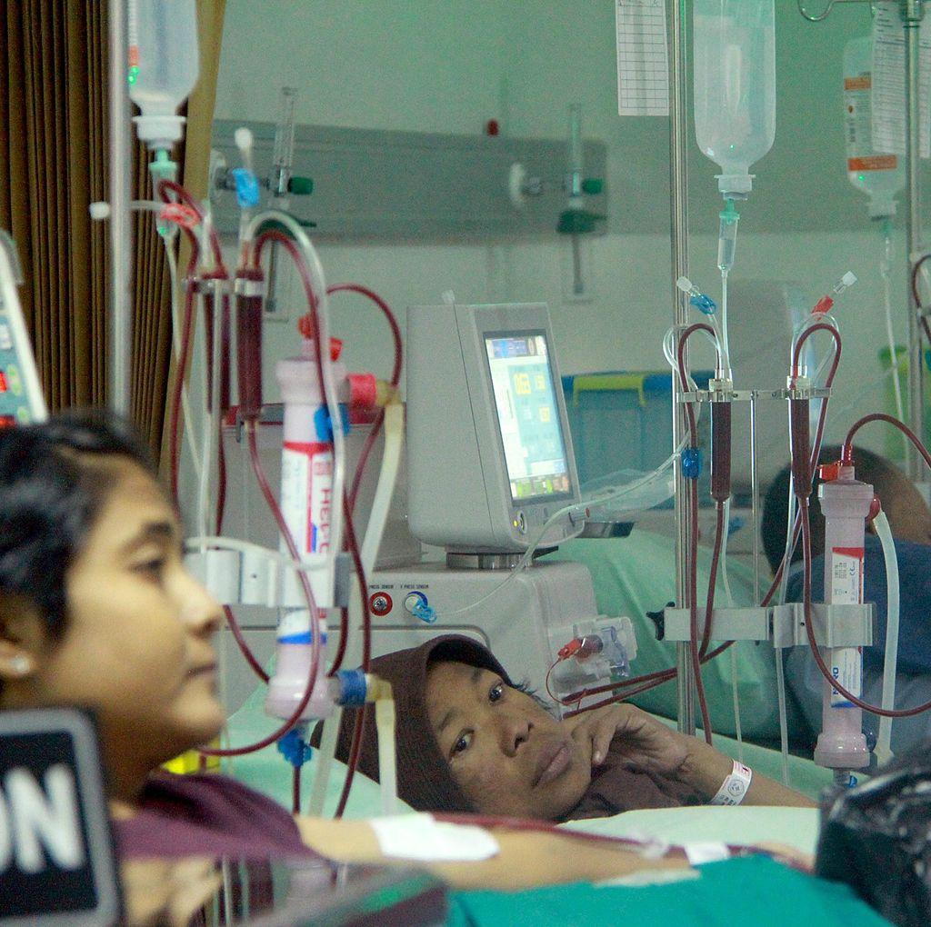 Risiko Kematian Saat Cuci Darah Berhubungan dengan Tinggi Badan