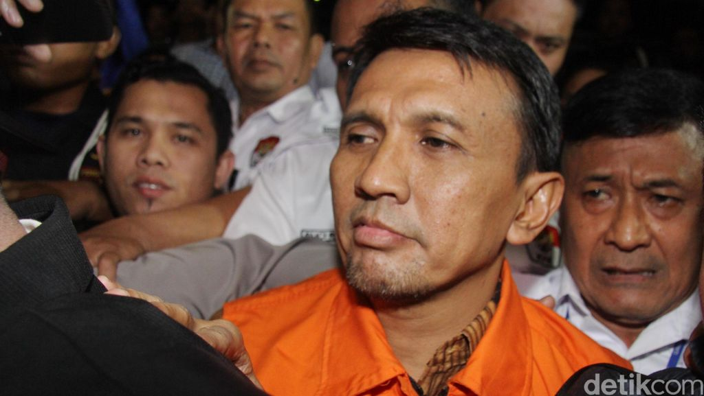 Gubernur Gatot Jalani Pemeriksaan Perdana Setelah Jadi Tahanan KPK