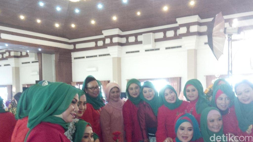 Iriana Jokowi Mudik ke Solo Sendirian, Hadiri Halal Bihalal Muslimah
