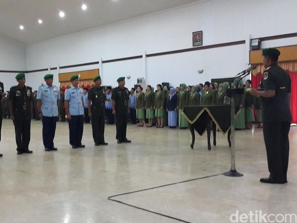 Mayjen Agus Sutomo Pimpin Sertijab Sejumlah Perwira di Kodam Jaya