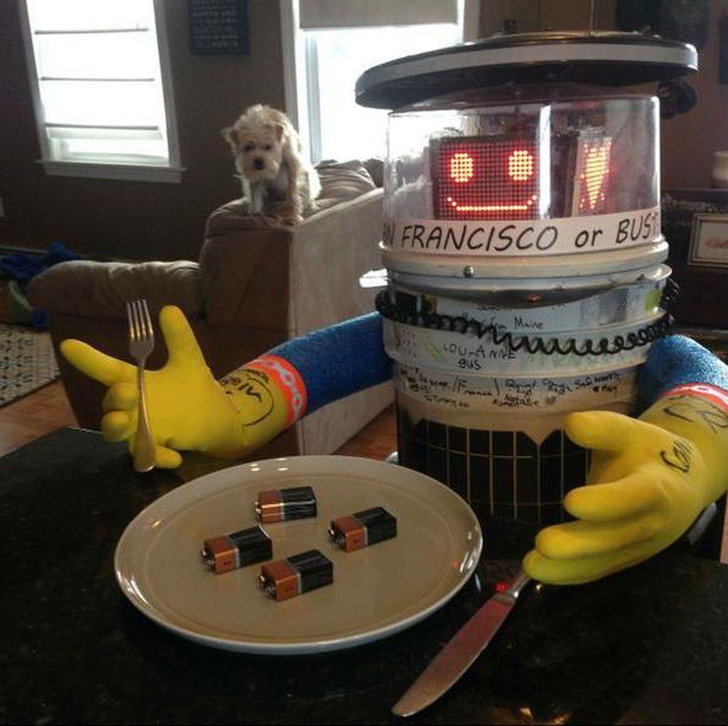 Akhir Tragis Robot Penjelajah HitchBot di Philadelphia